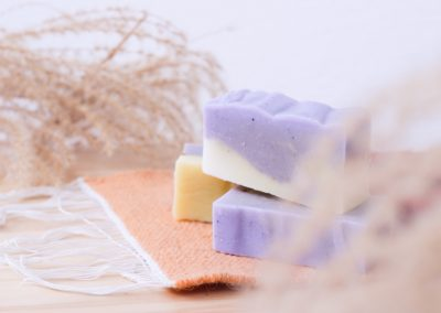 Prirodni sapun za pranje kose (shampoo bar)